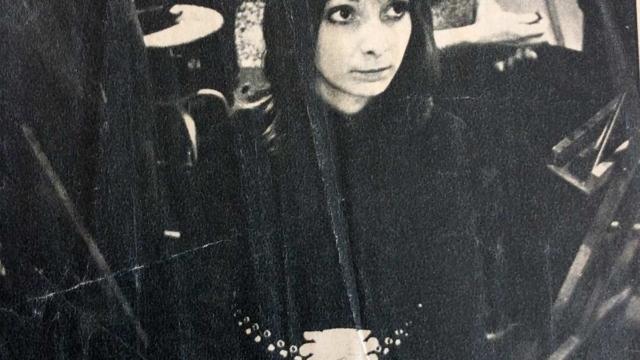 Tidningen Damernas värld med mig på konstskola i Paris år 1972.